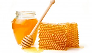 natural-cure-for-acne-honey-2