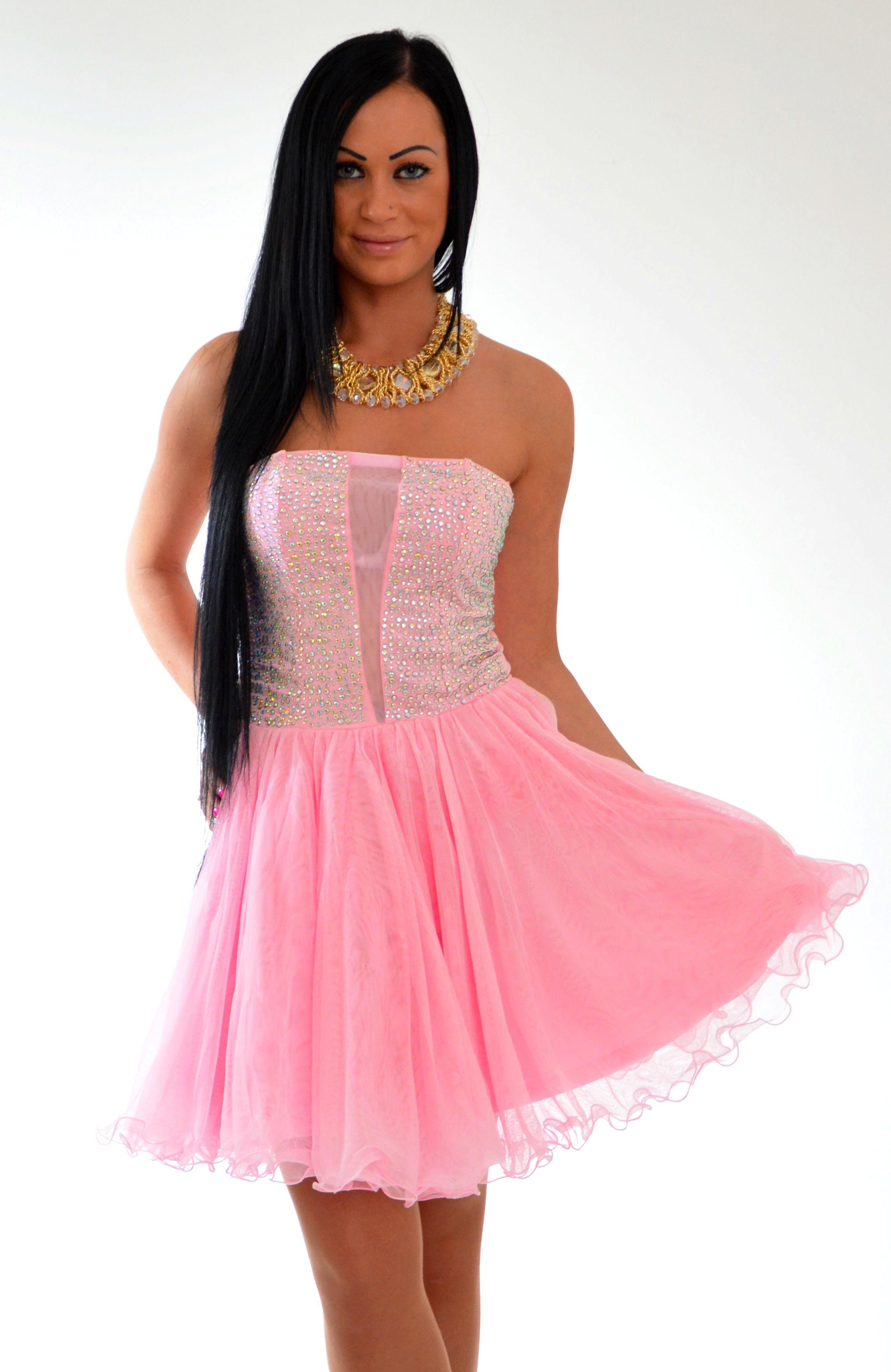 spoločenské šaty krátke ružové spoločenské šaty krátke spoločenské šaty 0c02f84c499