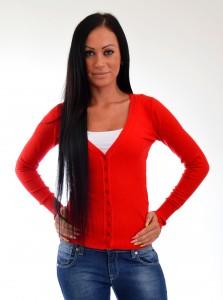 cerveny sveter na gombiky