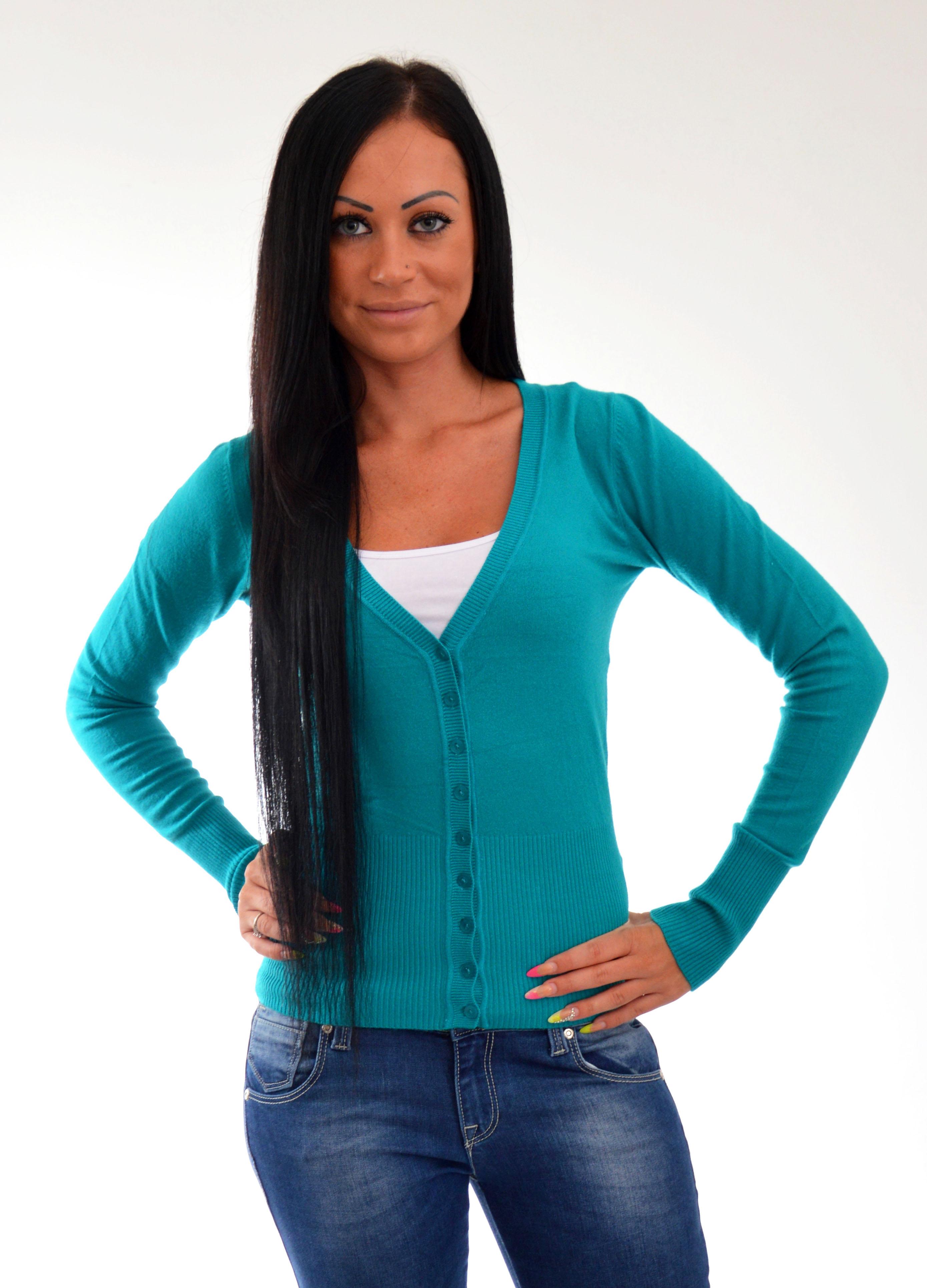 7d81fb0afaeb ... svetre na gombiky modry sveter na gombiky damsky svetrik cierny ...